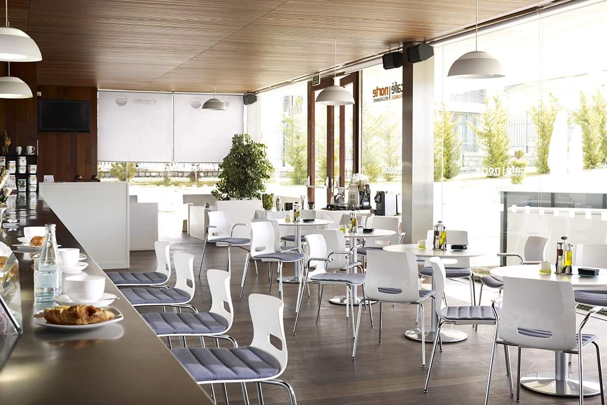 Cafeteria 10