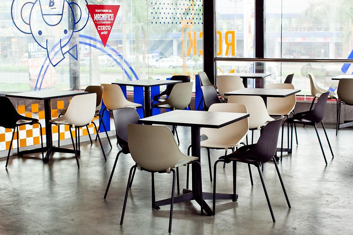 Cafeteria 9